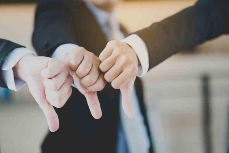 8 признаков, что среди ваших близких есть кто-то, кто вам завидует