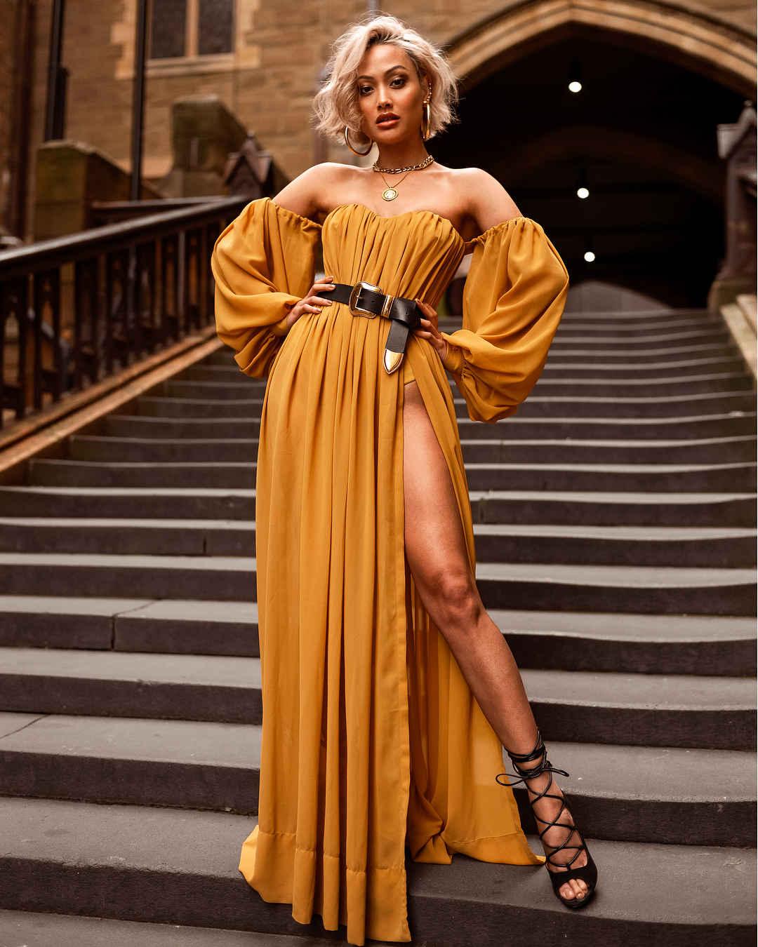 Платье с открытыми плечами: 30 моделей, которые подарят вам настоящую женственность