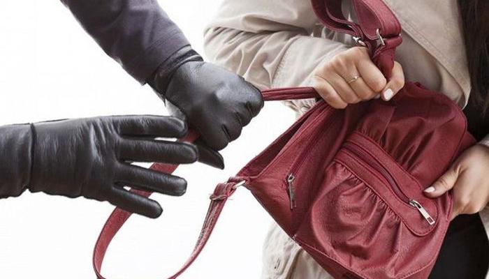 Карманные кражи: что делать, если украли сумку с деньгами и документами?