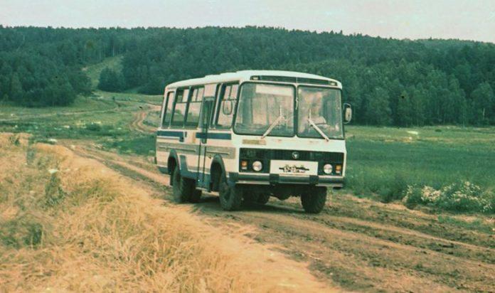 Немцы были в восторге от наших правил этикета в городском транспорте…