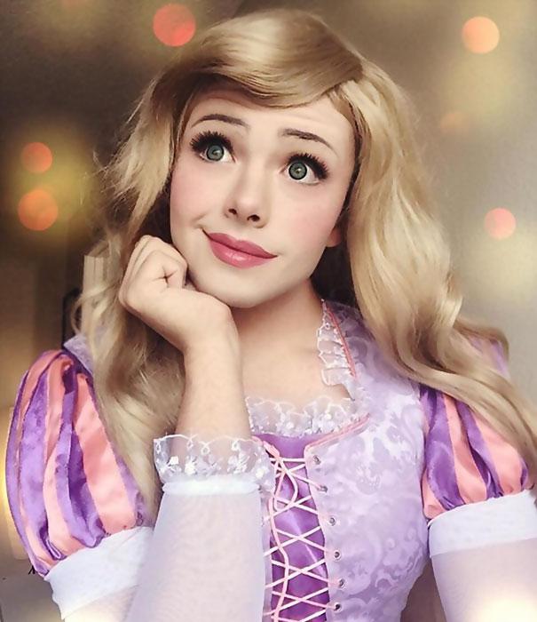 Невероятные фото косплеера, способного превратиться в любую принцессу Дисней по щелчку пальцев