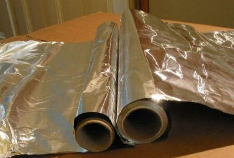 Используя алюминиевую фольгу, вы наносите своему здоровью непоправимый вред